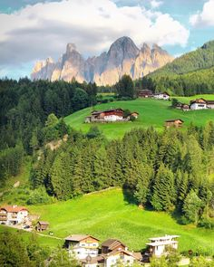Find cheap Air Italy flights, airfare and book online Air Italy tickets at lowest rate from Lowendticket website. Airline Reservations, Airline Flights, South Tyrol, Nature Photos, City Photo, Around The Worlds, Europe, Italy, Mountains