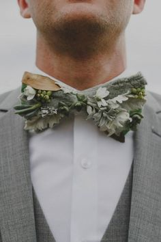 A Seaside Picnic Love Story // Modern Wedding Inspiration For The Unique Couple // greenery bow tie for groom #weddingideas