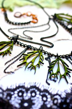 Venus Flytrap Necklace - Black and Green - Man-eating Carnivorous Plant - 3d Printed Jewelry