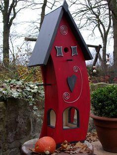 Decorative Bird Houses, Bird Houses Painted, Bird Houses Diy, Tiny Houses, Snack House, Garden Deco, Flower Boxes, Little Houses, Garden Projects