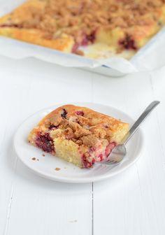 Fruit Crumble, Cake Bites, Bakery Cakes, Desert Recipes, Let Them Eat Cake, Tasty Dishes, No Bake Cake, No Bake Desserts, Sweet Recipes