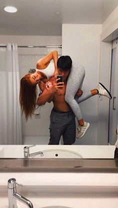 Couple pics 50 Relationship Goals You Want To Have - Page 47 of 50 Cute Couples Photos, Teen Couples, Cute Couple Pictures, Cute Couples Goals, Romantic Couples, Cute Couple Selfies, Couple Goals Relationships, Relationship Pictures, Relationship Goals Pictures
