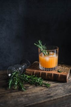 love this rosemary, ice, and drink in the bar space...
