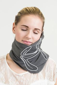 The 'NapScarf' Could Be The Best Thing To Happen To Napping Since Beds