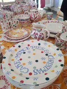 Emma Bridgewater Polka Dot SAMPLES at the Collectors Event Christmas Sample Sale (03.12.14) Emma Bridgewater Pottery, Polka Dot, Porcelain, Plates, Ceramics, My Favorite Things, Tableware, Christmas, Licence Plates