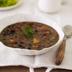 This 16 (or bean soup recipe is an excellent choice for the slow cooker. It is made with a bean soup mix, vegetables, and sausage. 16 Bean Soup, Black Bean Soup, Black Beans, Cooking Recipes, Healthy Recipes, Healthy Dinners, Healthy Foods, Healthy Options, Crockpot Recipes