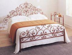 model tempat tidur besi klasik 3
