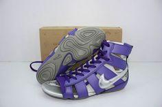 http://www.nice2shoes.com/images/2009/07/30/nike_slipper_purple-200907301280367849.JPG
