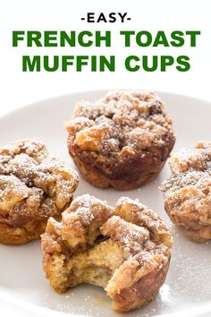 French Toast Muffin Cups Make The Perfect Breakfast On The Go. They Are Soft And Fluffy On The Inside With A Crunchy Streusel Topping Perfect For Bust Weekday Mornings On The School Run, Or As A Sweet Snack Or Dessert. Muffin Recipes, Brunch Recipes, Baking Recipes, Breakfast Recipes, Dessert Recipes, Breakfast Muffins, Breakfast Pizza, Breakfast Ideas, Breakfast Crockpot
