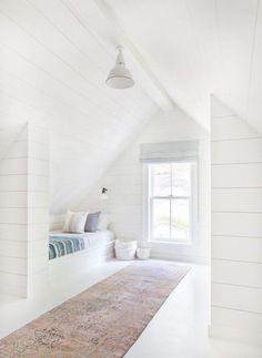 52 Comfy Attic Bedroom Design And Decoration Ideas bedroom Bedroom Built Ins, Attic Bedroom Small, Attic Bedroom Designs, Attic Bedrooms, Attic Loft, Attic Design, Loft Room, Attic Spaces, Bedroom Loft