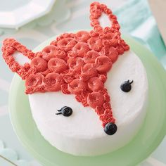 Whether you're celebrating a birthday or your favorite foxy lady, this Foxy Lady Cake is sure to be a crowd-pleaser! Cake Decorating Designs, Creative Cake Decorating, Wilton Cake Decorating, Creative Cakes, Cake Designs For Kids, Decorating Ideas, Mini Cakes, Cupcake Cakes, 3d Cakes