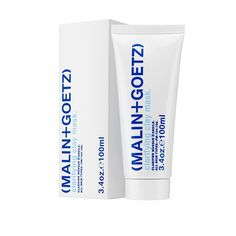 A lesson in efficiency, (MALIN + GOETZ)'s exfoliating clay mask conquers shine and blemishes in under 10 minutes a week. Made for acne-prone skin but safe for sensitive complexions, it taps refined kaolin clay to absorb excess oil and draw out impurities, plus pumice to polish away dead skin. Anti-bacterial witch hazel and anti-inflammatory arnica extract round out the formula, resulting in matte, clear skin. Just like that.