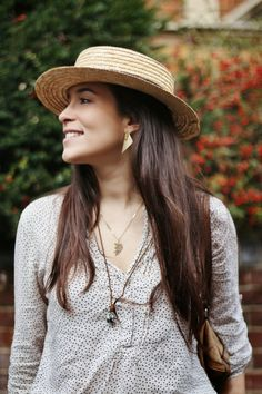 New OOTD post on the blog: vintage hat, zara harem pants, vintage jewelry, arku gold earrings and a smile.