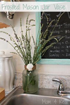 MOST ARE REPEATS OF WHAT IS ALREADY POSTED BUT A COUPLE OF NEW IDEAS. 20 Mason Jar Ideas - Frosted mason jar vase