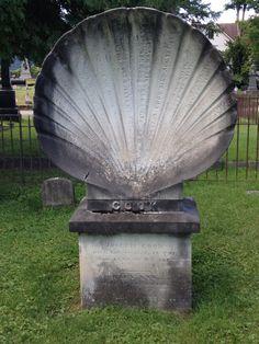 Clam shell marker, Greenridge Cemetery, Saratoga Springs, N.Y. Photo credit: M. Ciavardini.
