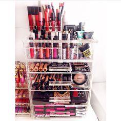 cosmocube ♥ makeup organizer CosmoCube, Inc.