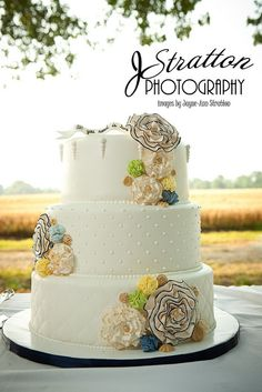 Antique Flower Wedding Cake