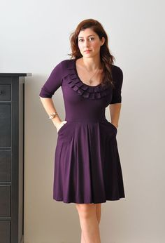Purple Bridesmaid Dress With Sleeves/ cocktail / Prom / par Lirola
