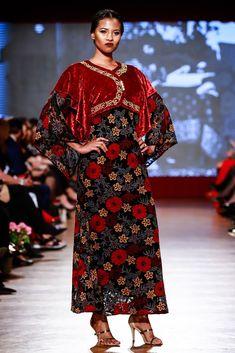 Maria, Regina Inimilor Fashion Show by Liza Panait Belle Epoque, Nasa, Fashion Show, Kimono Top, Collection, Tops, Women, Embroidery, Women's