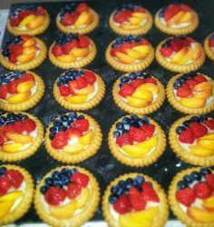 Schwarz - Rot - Gold Blaubeere - Erdbeere - Aprikose