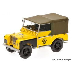 Minichamps 1:18 Land Rover 1948 Yellow - AA Road Service - £114.99