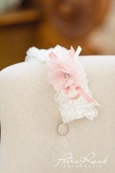 Damen-accessoires Hosenträger 1 Paar Braut Sexy Spitze Strumpfband Tradition Hochzeit Blume Bein Ring Braut Kleid Zubehör