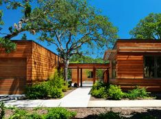 East Bay House by MacCracken ArchitectsDesignRulz4 December 2013Located in Livermore, California, East Bay House was designed byMacCracken Architects.The home was completed in 2010, and... Architecture Check more at http://rusticnordic.com/east-bay-house-by-maccracken-architects/