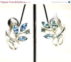 Vintage Coro Blue Rhinestone Clip Back Earrings Floral Design #bestofEtsy #etsyretwt