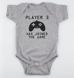 Player 3 Has Joined the Game Bodysuit - Onsie Heather Gray by MamiOrigami