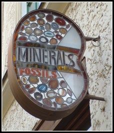 Minerals and fossils - Brno, Czech Republic - Unique Artistic Shop Signs