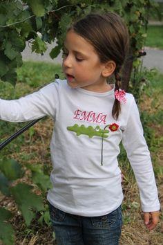 Namensshirt Kroko-White ♥ Herzilein Wien ♥ #herzileinwien Freehand Machine Embroidery, Inspiration, Style, Fashion, Little Girl Clothing, Embroidery, Biblical Inspiration, Swag, Moda