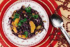 JOULUINEN PUNAKAALISALAATTI Ethnic Recipes, Food, Essen, Meals, Yemek, Eten
