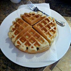 All things beauty and skincare with a little bit of lifestyle sprinkled in! Breakfast Waffle Recipes, Breakfast Ideas, Easy Waffle Recipe, Blueberry French Toast, Xmas Cookies, Waffles, Pancakes, Bread Baking, Cake Recipes