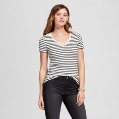e893808f146 A great classic stripe vneck to wear both for work and casually. Grab in a