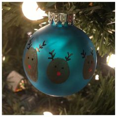 Thumbprint Reindeer Ornaments - Great idea for kids handmade christmas gifts