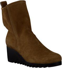 Brown Arche Ankle Boots http://www.omoda.nl/dames/laarzen/enkellaarsjes/arche/bruine-arche-enkellaarsjes-larazo-52592.html