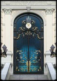 royal door bangkok #doors
