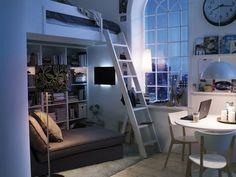kleine wohnung einrichten einrichtungsbeispiele einzimmerwohnung hochbett 2 Ikea Small Bedroom, Bedroom Nook, Bedroom Layouts, Small Rooms, Home Bedroom, Bedroom Decor, Bed Room, Bedroom Ideas, Tiny Spaces
