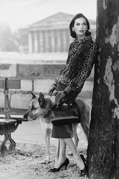 Anne Sainte-Marie - 1955 - Chanel leopard-cloth jacket, red skirt and handbag - Photo by Henry Clarke - @~ Mlle