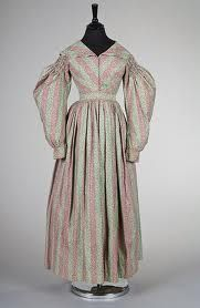 Relatively plain gown from 1830s