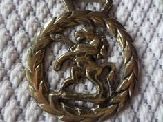 Horse brass, Rearing horse, Laurel leaf,  horse brass, vintage horse brass, horse tack, horse medallion, equestrian brass, brass medallion by MaddisonsRainbow on Etsy