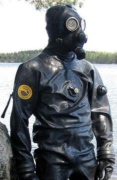 """guysinrubberdrysuits: """" Rubber Divers & Drysuits from the Web 2926 """" Rubber Catsuit, Neoprene Rubber, Heavy Rubber, Black Rubber, Technical Diving, Latex Men, Hazmat Suit, Diving Suit, Motorcycle Jacket"""