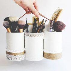 Boites de conserve customisées pour ranger les pinceaux #inspiration #coin #beauté #maquillage #rangement