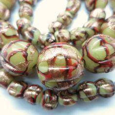 VINTAGE VENETIAN ART DECO MELON GLASS AVENTURINE RED SWIRL GLASS BEAD NECKLACE