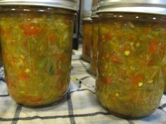 I would make it with red cherry peppers, Jalapeno Relish, Pepper Relish, Jalapeno Canning, Jalapeno Pepper, Jalapeno Recipes, Jelly Recipes, Freezing Fruit, Home Canning, Dehydrated Food