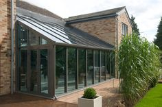 Lean-to conservatory.external