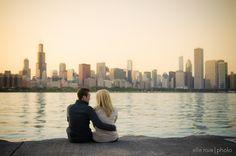 chicago skyline engagement   the always amazing elle rose photo http://ellerosephoto.com/
