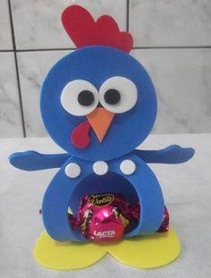 Figuras en foami o goma eva de la gallina pintadita - Dale Detalles Foam Crafts, Diy And Crafts, Paper Crafts, Rooster Craft, Kids Party Decorations, Ideas Para Fiestas, Felt Patterns, Felt Christmas, Coloring For Kids