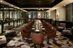 QT Hotel by Nic Graham & Shelley Indyk, Sydney hotel hotels and restaurants Luxury Dining Tables, Modern Dining Table, Design Furniture, Luxury Furniture, Furniture Online, Wooden Furniture, Visual Merchandising, Century Hotel, Mid Century