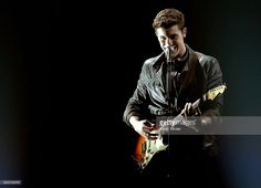 Singer Shawn Mendes performs onstage during the 2016 American Music Awards at Microsoft Theater on November 20, 2016 in Los Angeles, California.